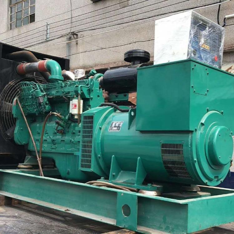 发电机出租:东风康明斯柴油发电机